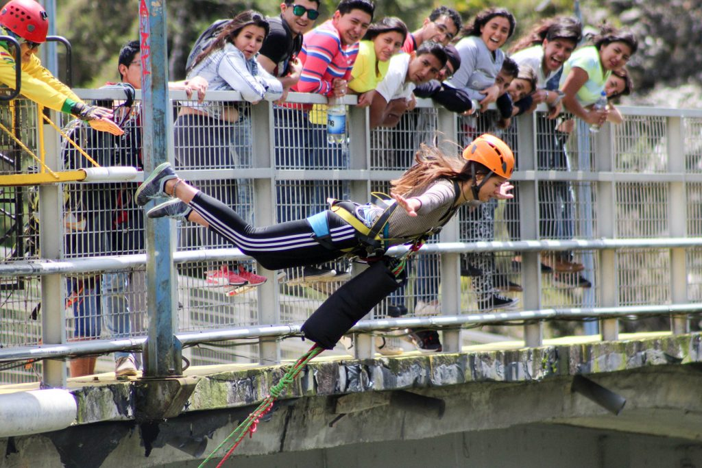 Swing jump Bridge jump Banos Ecuador