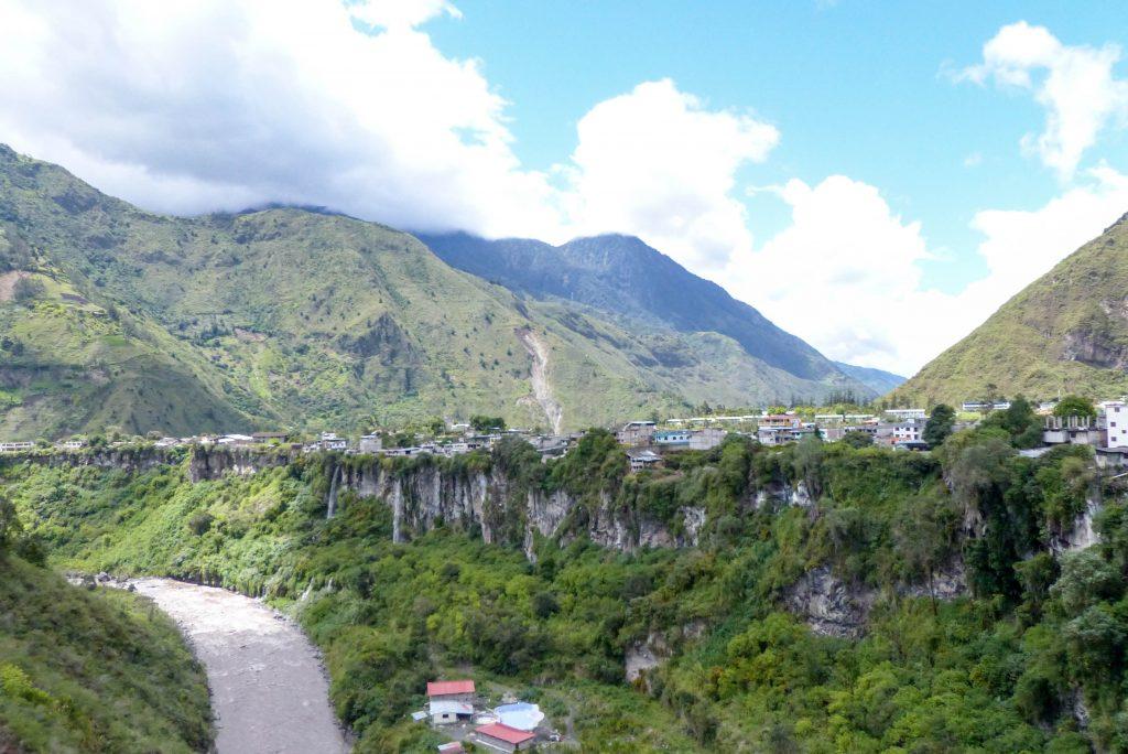 Banos Ecuador what to do