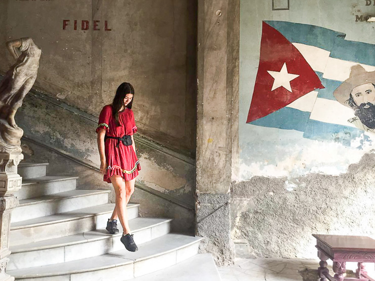 Stairways in Havana, Ulitmate travel guide to cuba