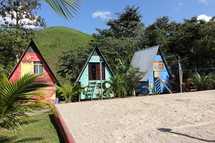 Greengoes Hostel In this article you'll learn about things to do in Semuc Champey, the beautiul National Park in the Guatemalian Jungle. How to get there and how to prepare for your visit. Backpacking in Guatemala.    #travel #backpacking #guatemala #semucchampey #centralamerica #guide #adventure #lowbudget