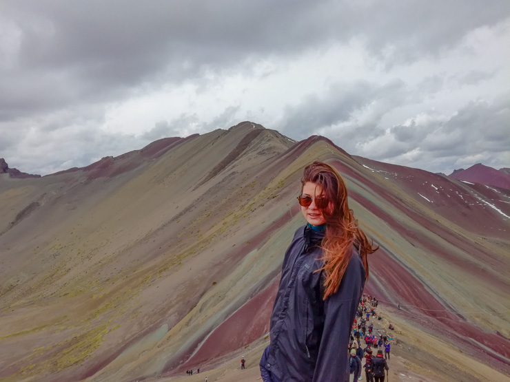 Hiking in altitude how to deal with altitude visiting the Rainbow mountain Peru. how to prepare for high altitude in south america