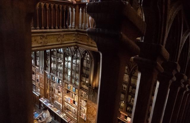 Livraria Lello Harry Potter bookstor in Porto