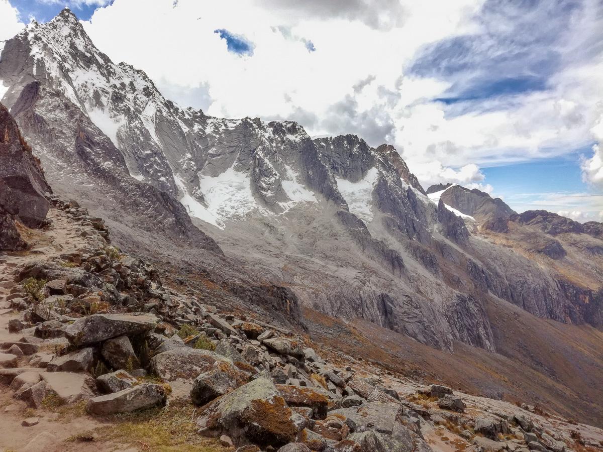 Santa Cruz trek views Huaraz Cordilleras Blancas